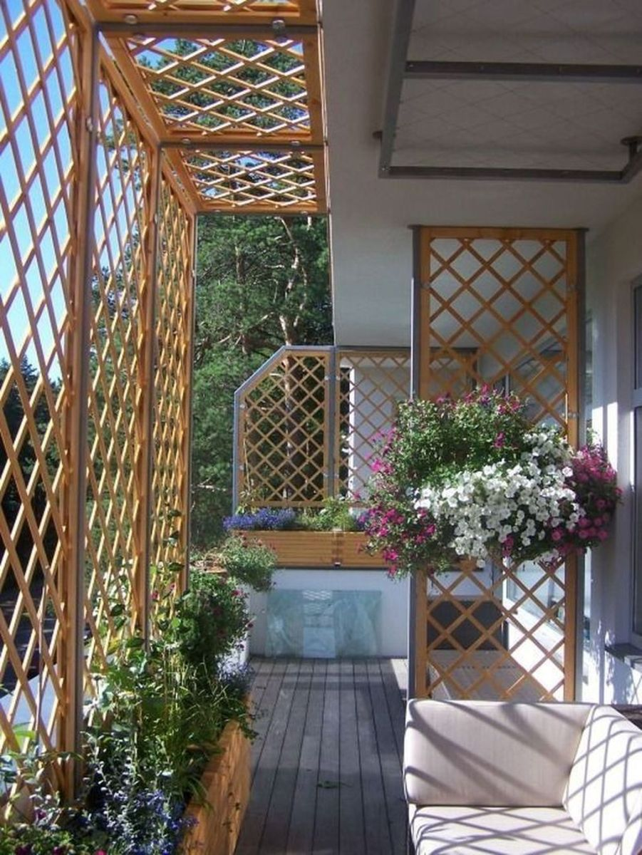 Stunning Apartment Garden Design Ideas 11