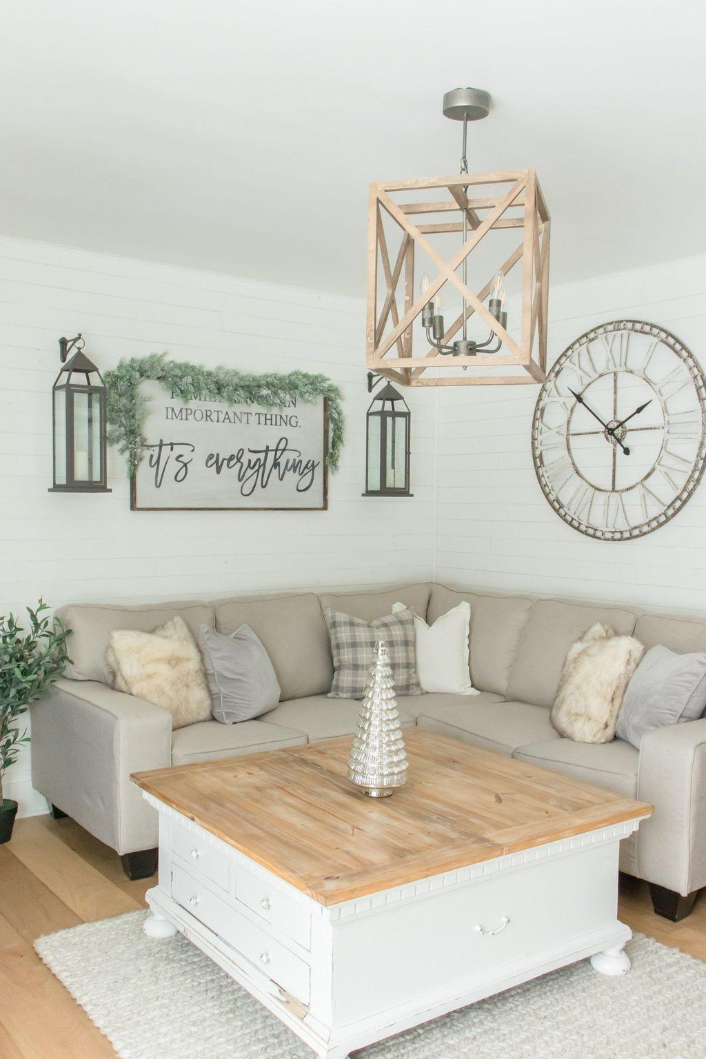 Stunning Farmhouse Living Room Decorating Ideas 22