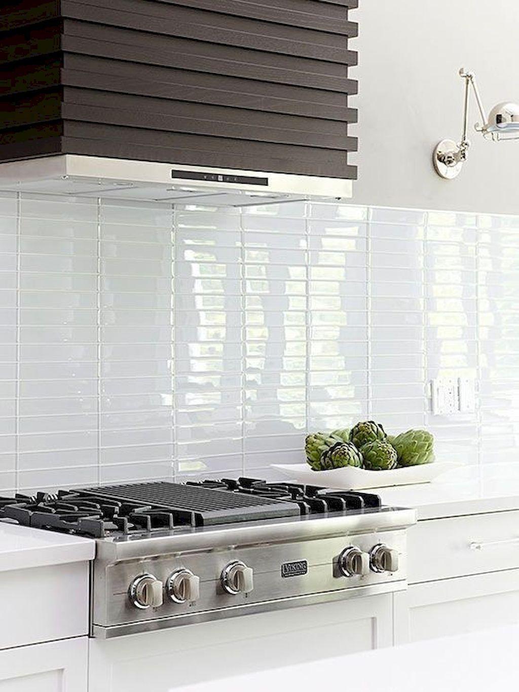 Stunning Glass Backsplash Kitchen Ideas 15