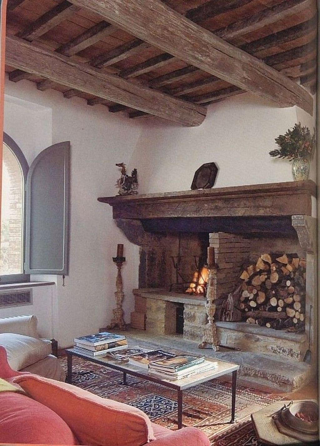 Stunning Italian Rustic Decor Ideas For Your Living Room 11