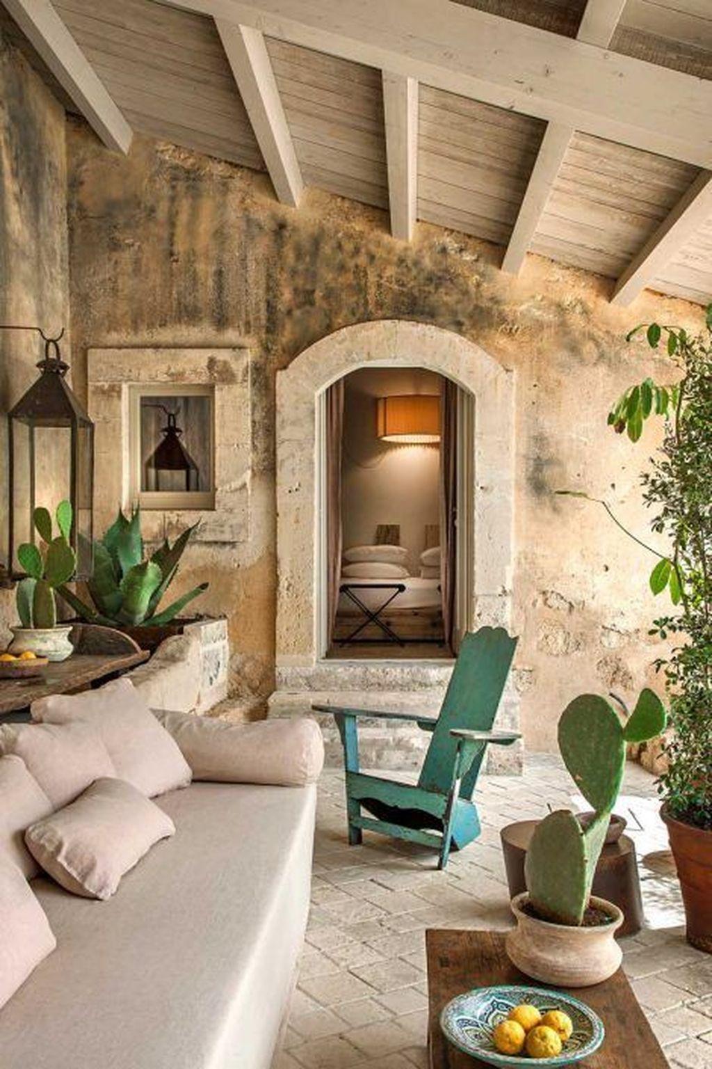 Stunning Italian Rustic Decor Ideas For Your Living Room 16