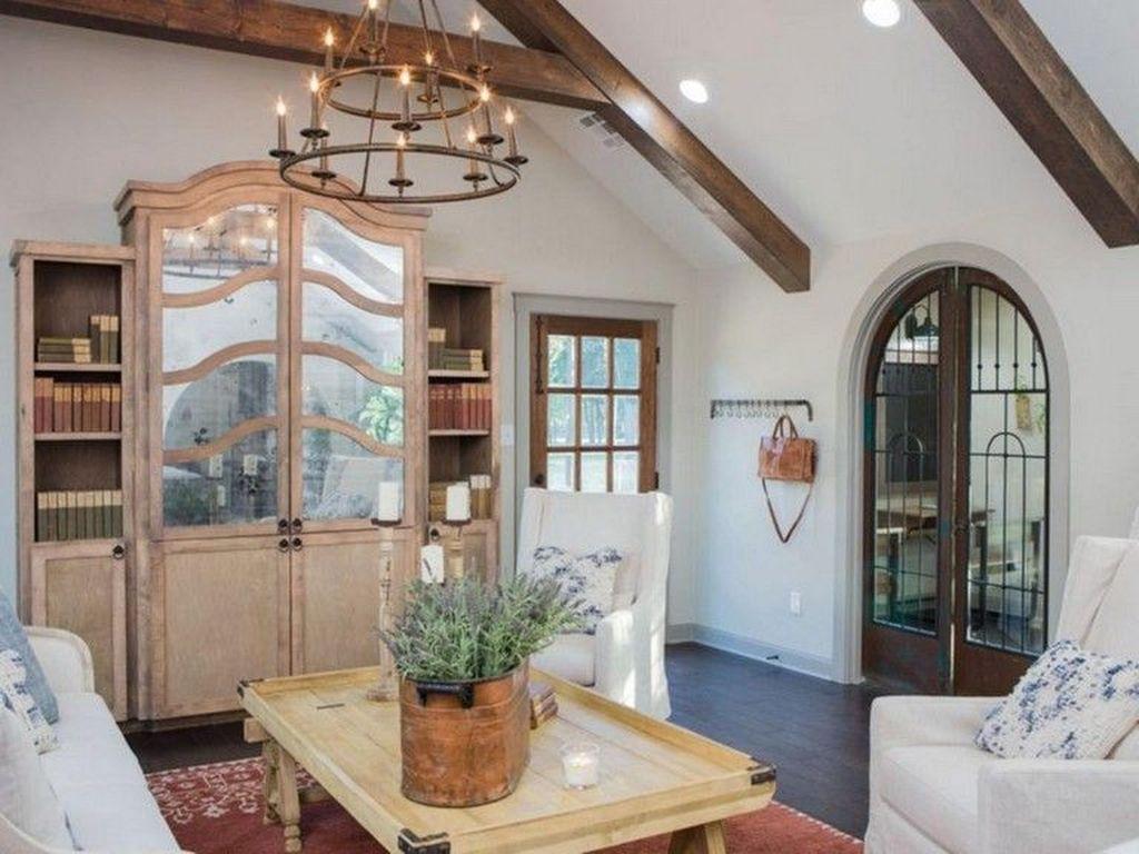 Stunning Italian Rustic Decor Ideas For Your Living Room 32