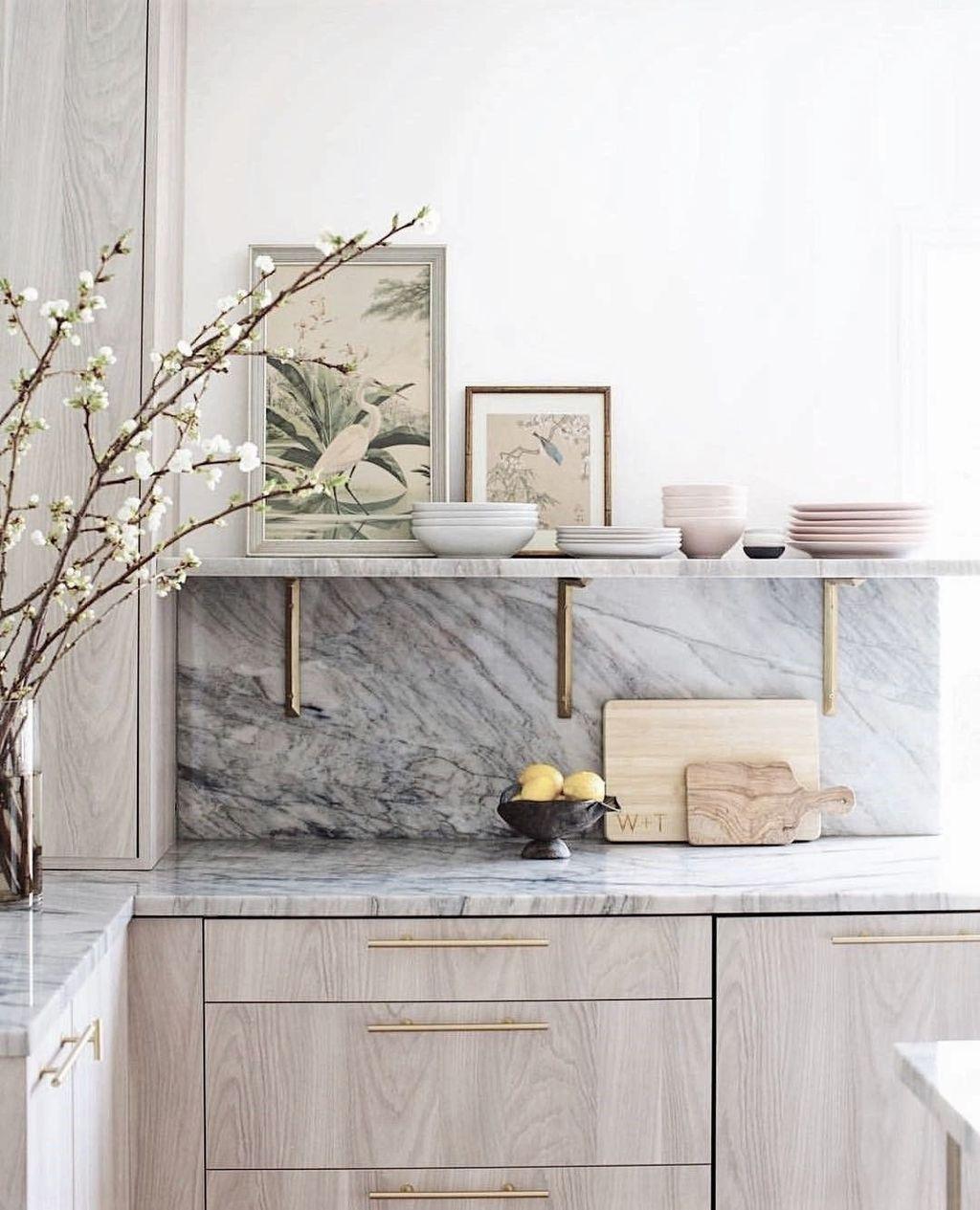 Stunning Marble Room Decor Ideas 19