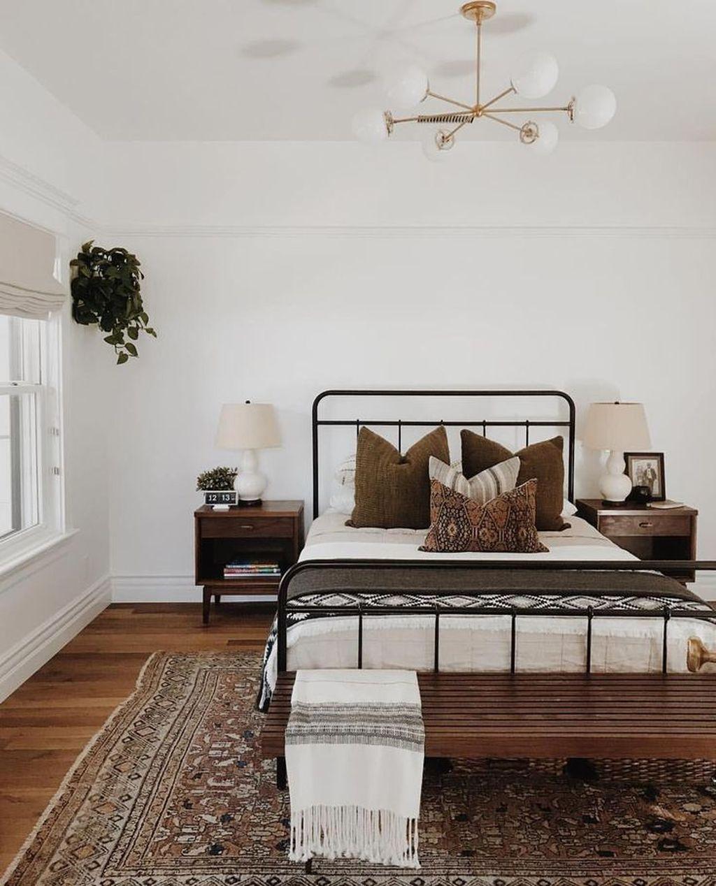 Stunning Mid Century Apartment Decor Ideas 02