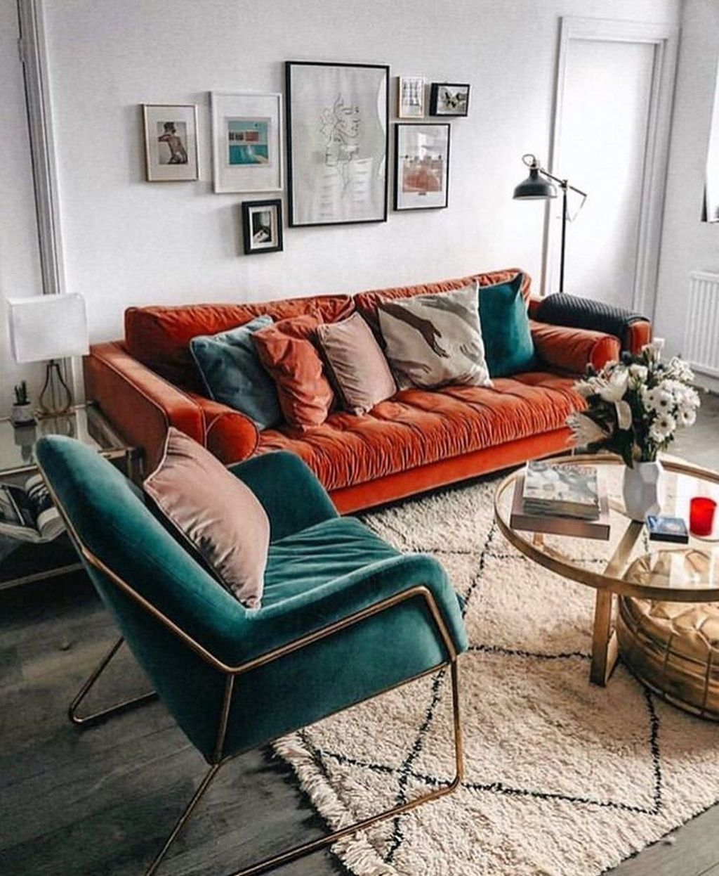 Stunning Mid Century Apartment Decor Ideas 29