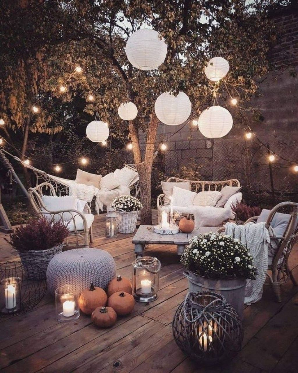 The Best Backyard Summer Party Decorating Ideas 19