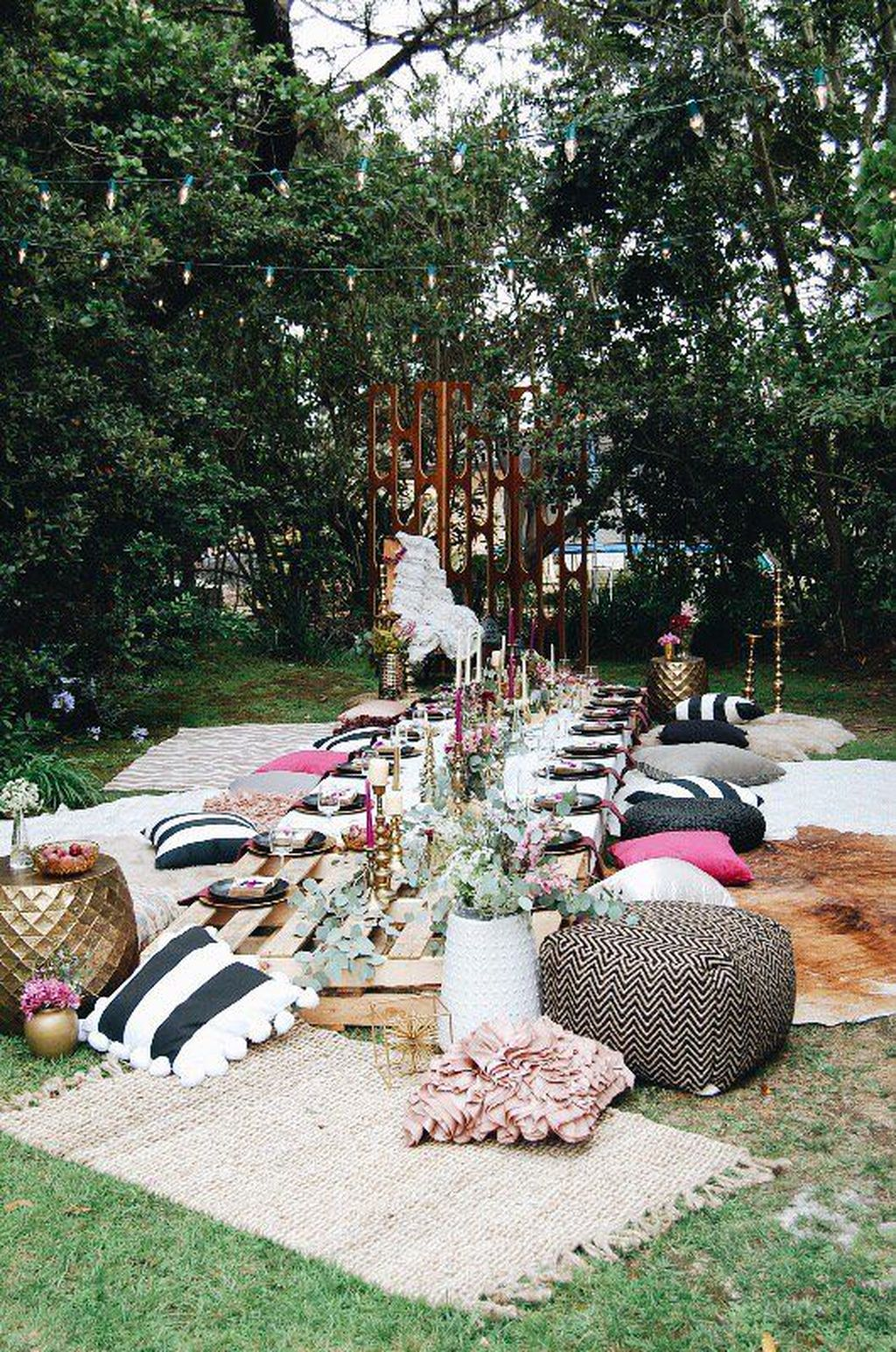 The Best Backyard Summer Party Decorating Ideas 25