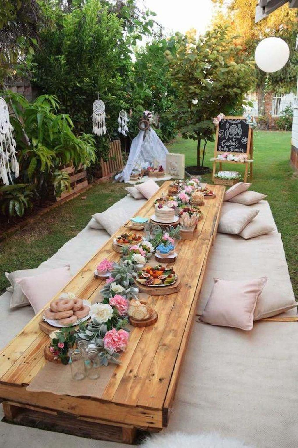 The Best Backyard Summer Party Decorating Ideas 27