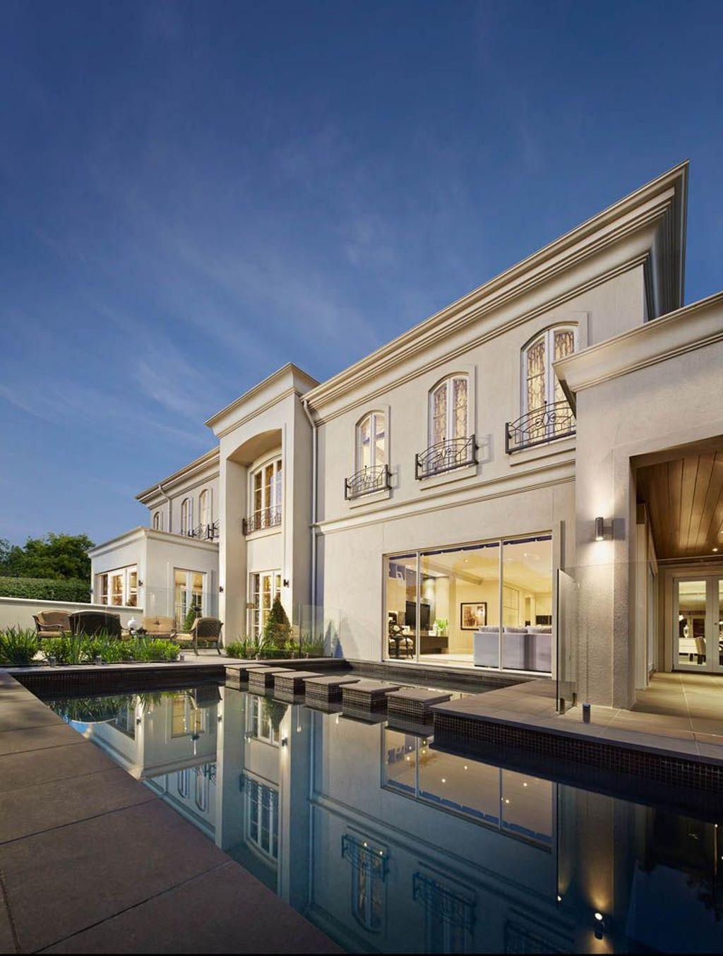 The Best Classic Exterior Design Ideas Luxury Look 32