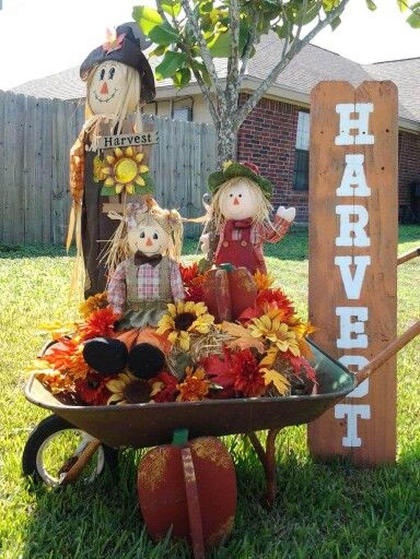 The Best Halloween Garden Decor Ideas 14