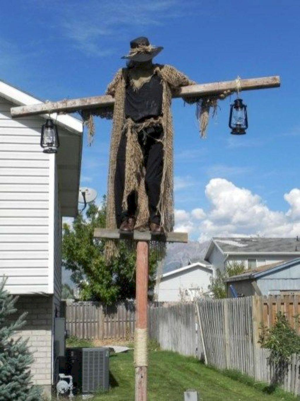 The Best Halloween Garden Decor Ideas 34