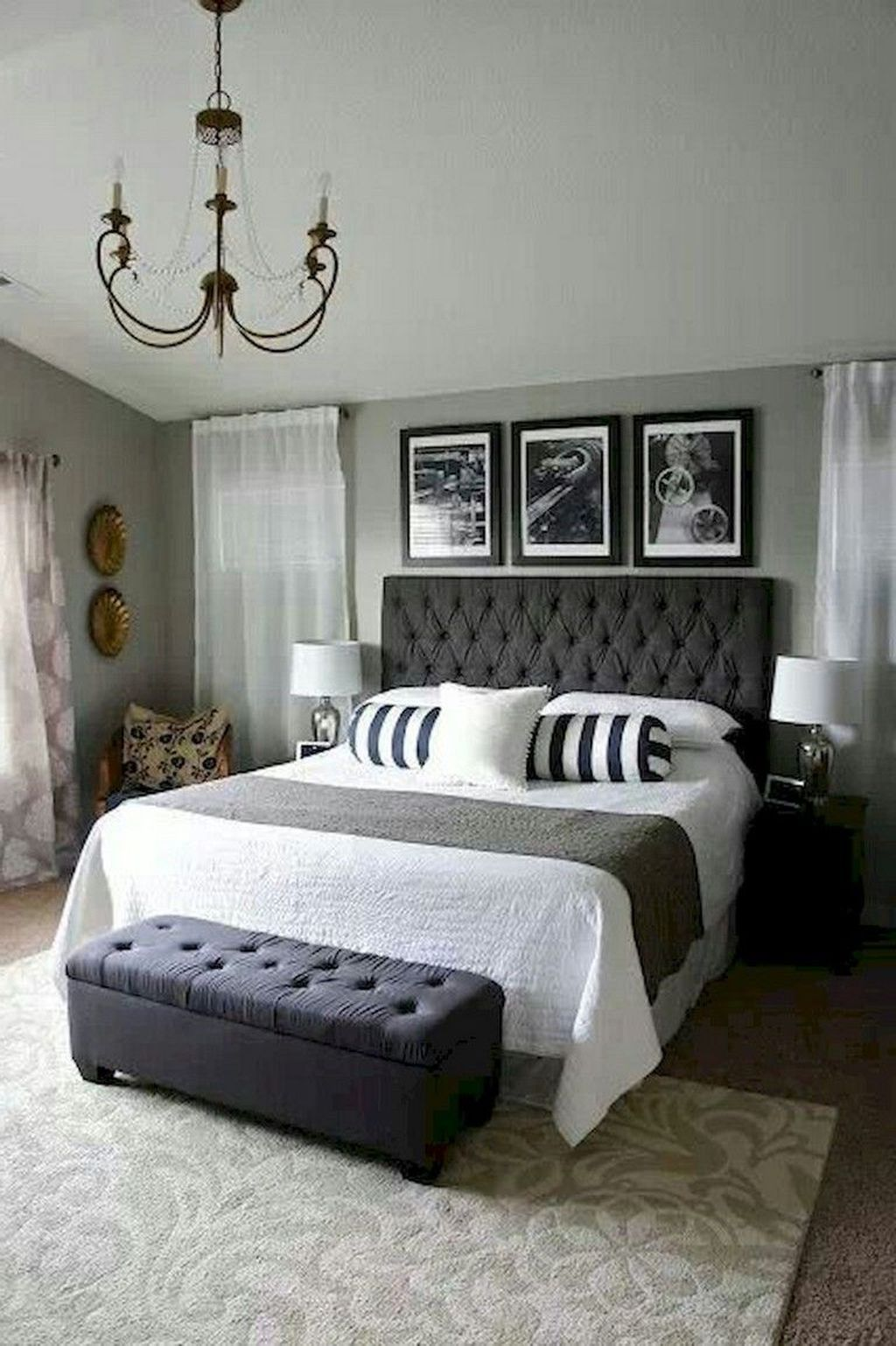 The Best Small Master Bedroom Design Ideas WIth Farmhouse Style 35