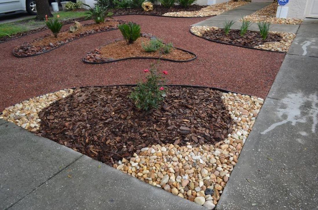 Wonderful Yard No Grass Design Ideas 31