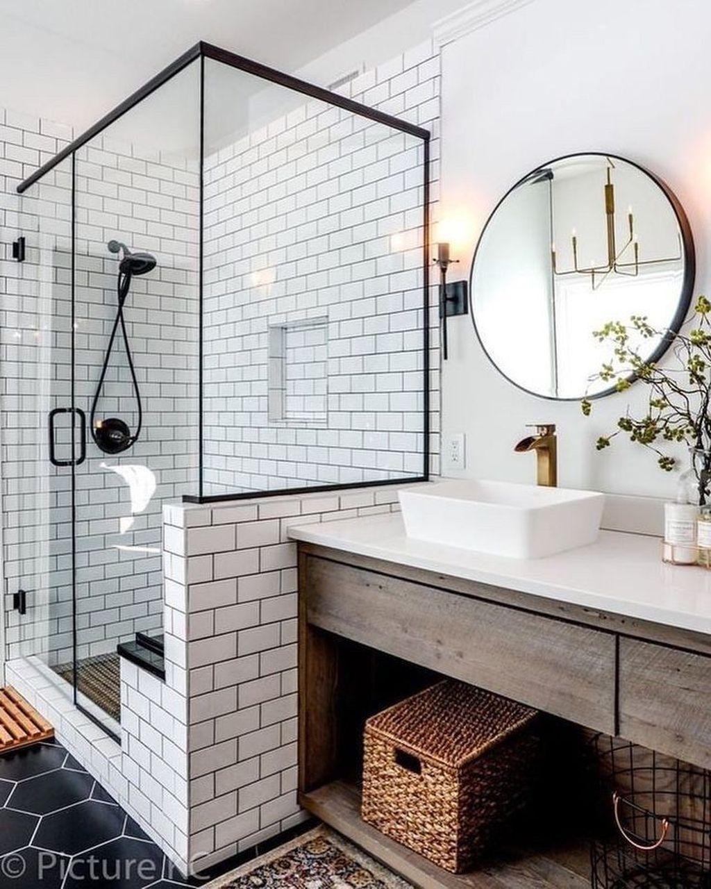 Amazing Farmhouse Bathroom Decor Ideas 01