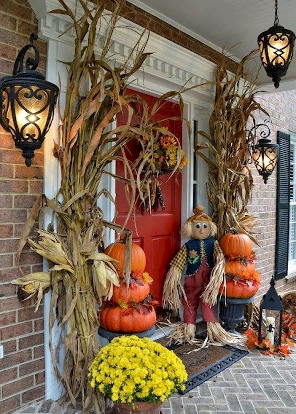 Amazing Front Porch Fall Decor Ideas That You Never Seen Before 33