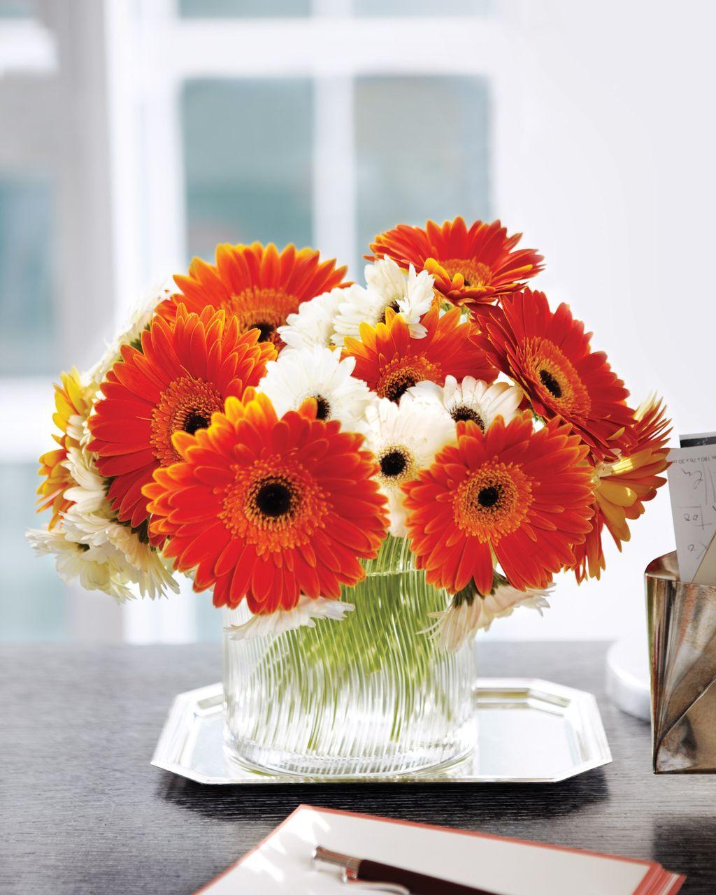 Beautiful Fall Flower Arrangement Design Ideas For Living Room Decor 04