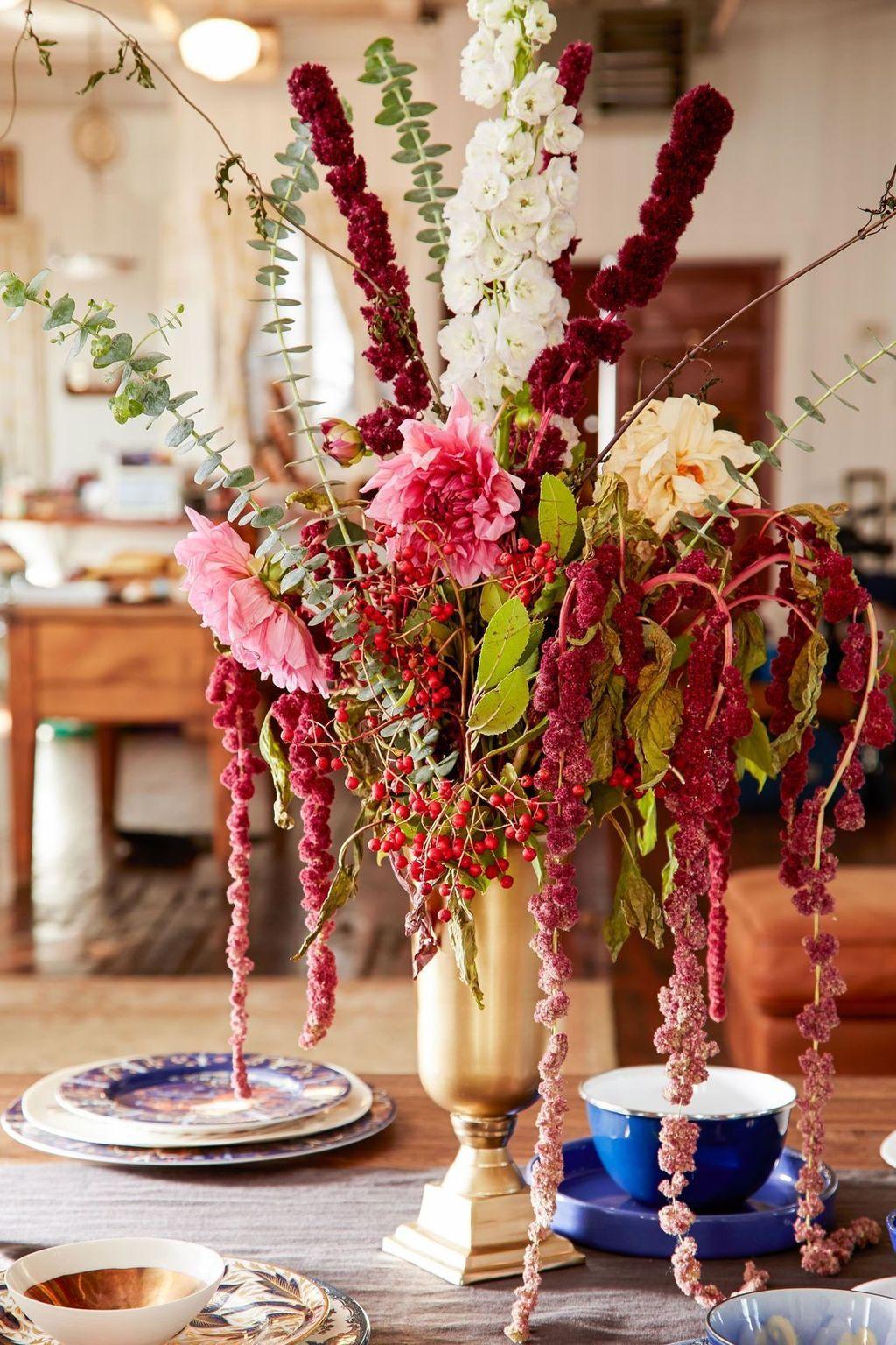 Beautiful Fall Flower Arrangement Design Ideas For Living Room Decor 28