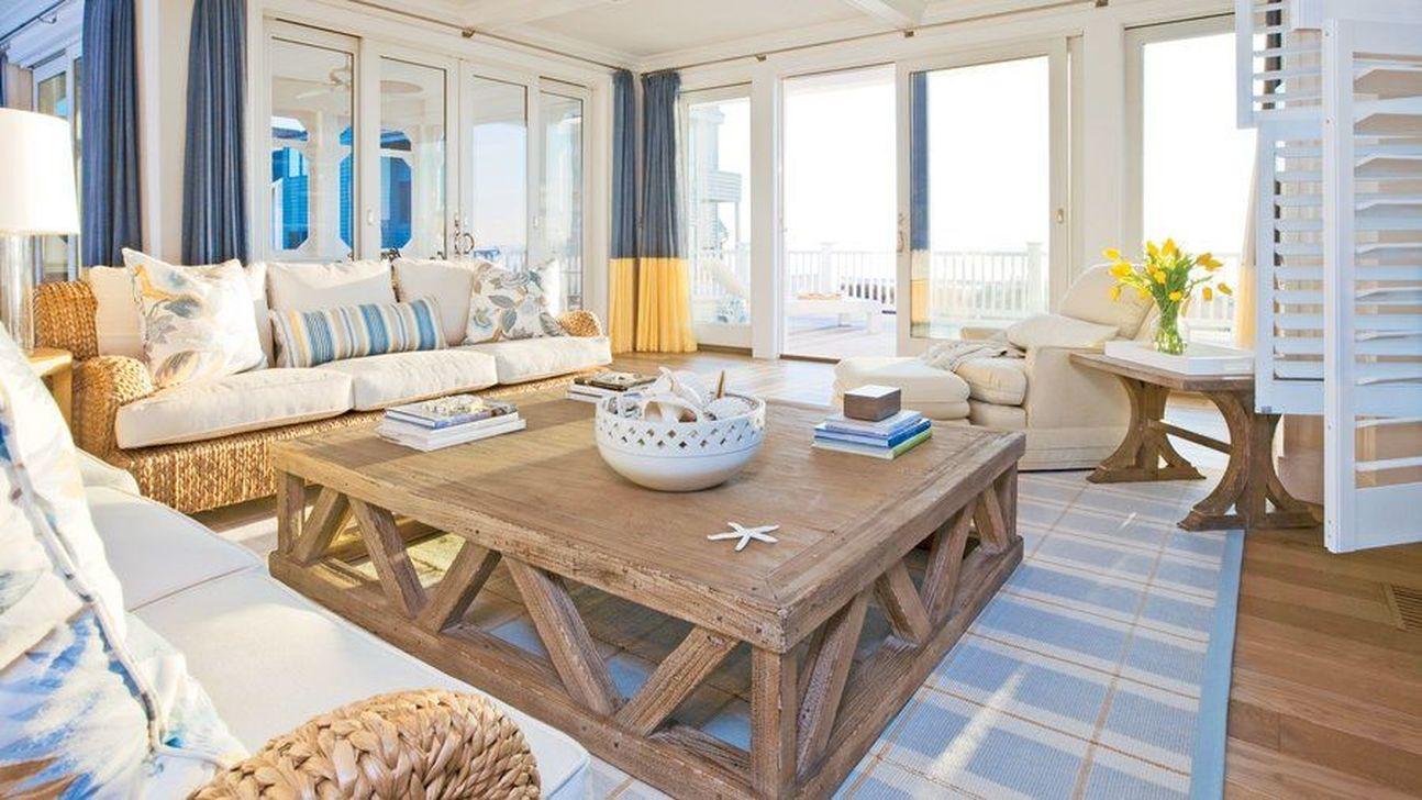 Fabulous Family Friendly Living Room Decoration Ideas 05