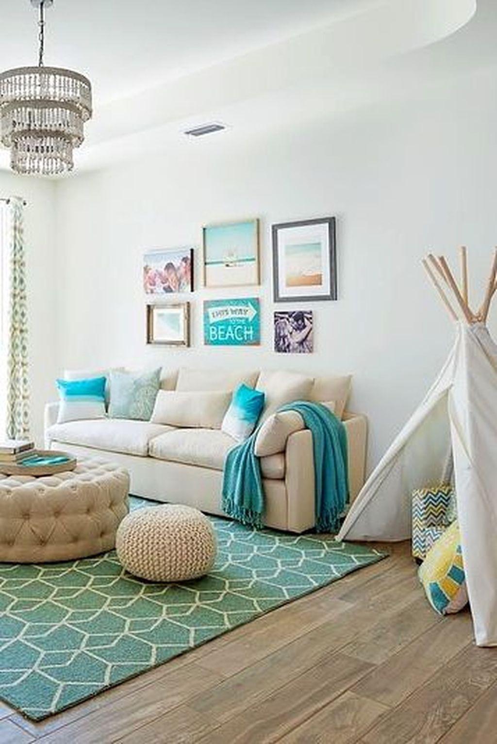 Fabulous Family Friendly Living Room Decoration Ideas 20