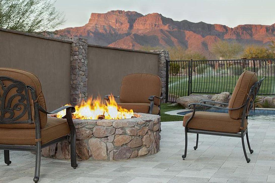 Fabulous Stone Fire Pit Design And Decor Ideas 07