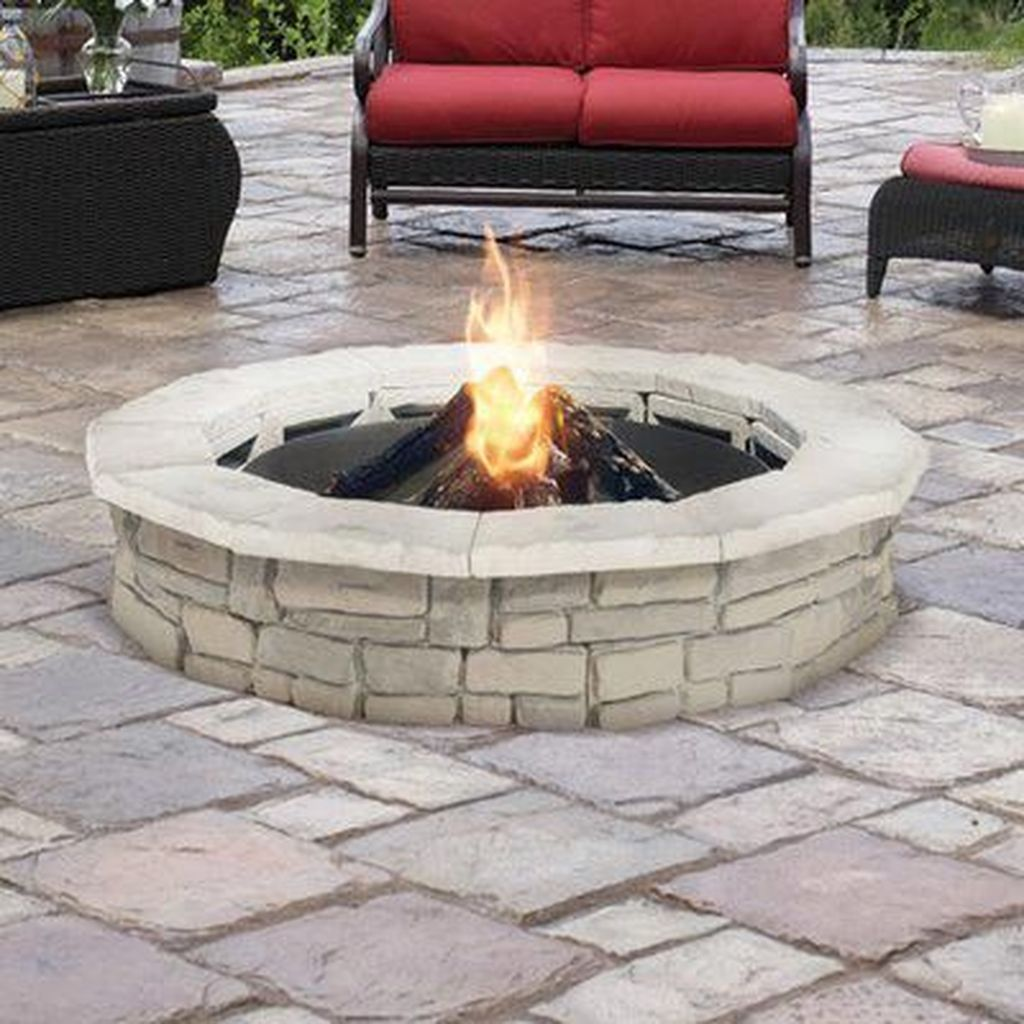 Fabulous Stone Fire Pit Design And Decor Ideas 19