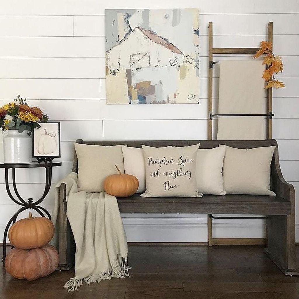Inspiring Fall Living Room Decor Ideas On A Budget 18