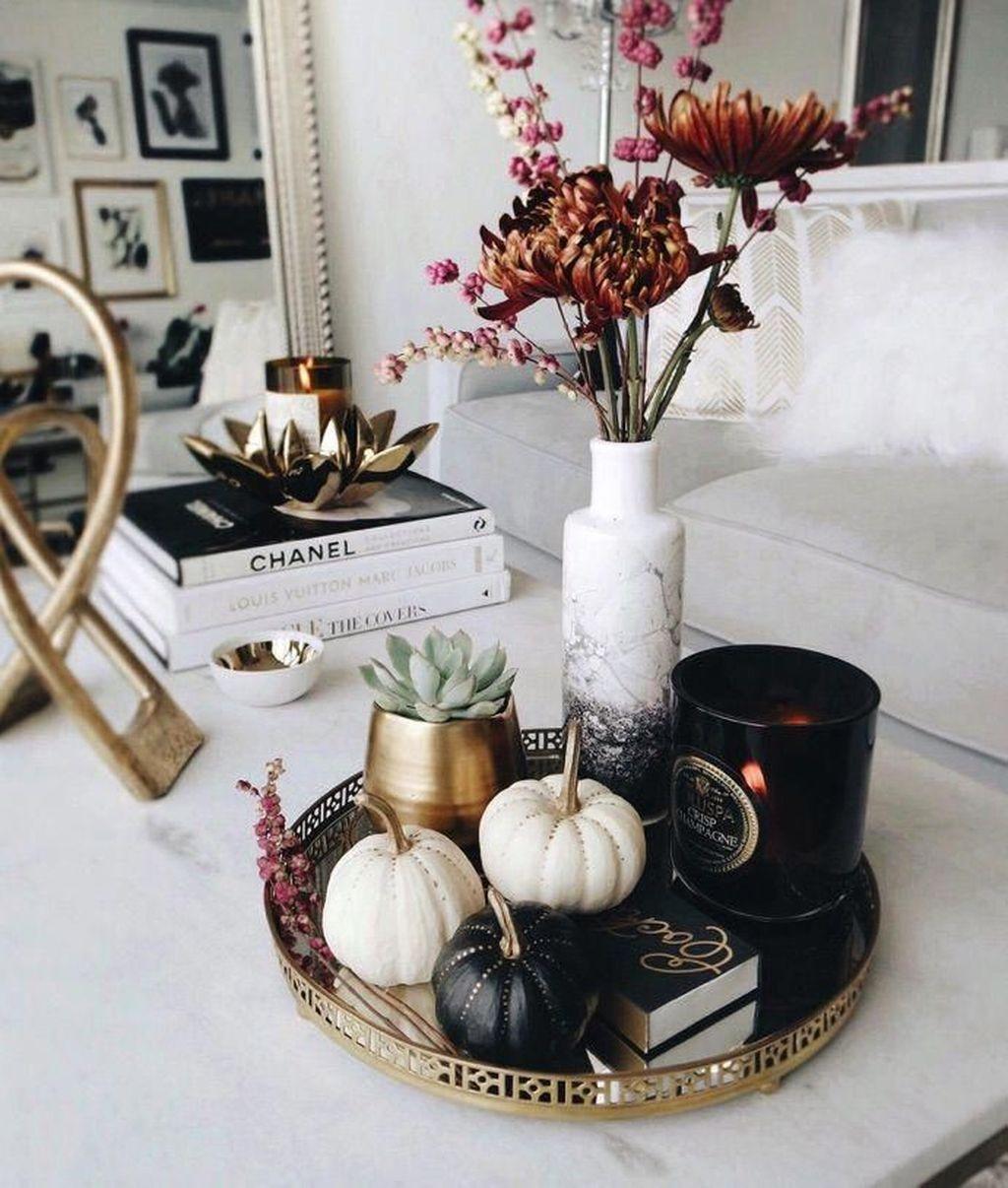 Inspiring Fall Living Room Decor Ideas On A Budget 30