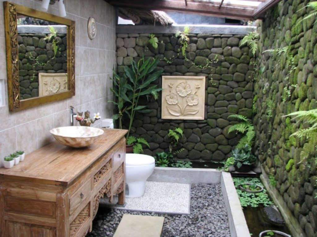 Inspiring Jungle Bathroom Decor Ideas 08