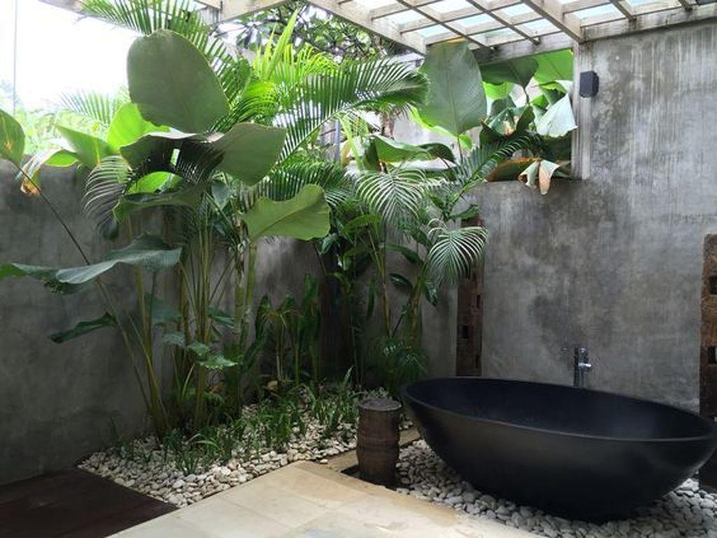 Inspiring Jungle Bathroom Decor Ideas 17