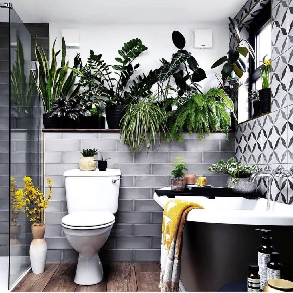 Inspiring Jungle Bathroom Decor Ideas 26