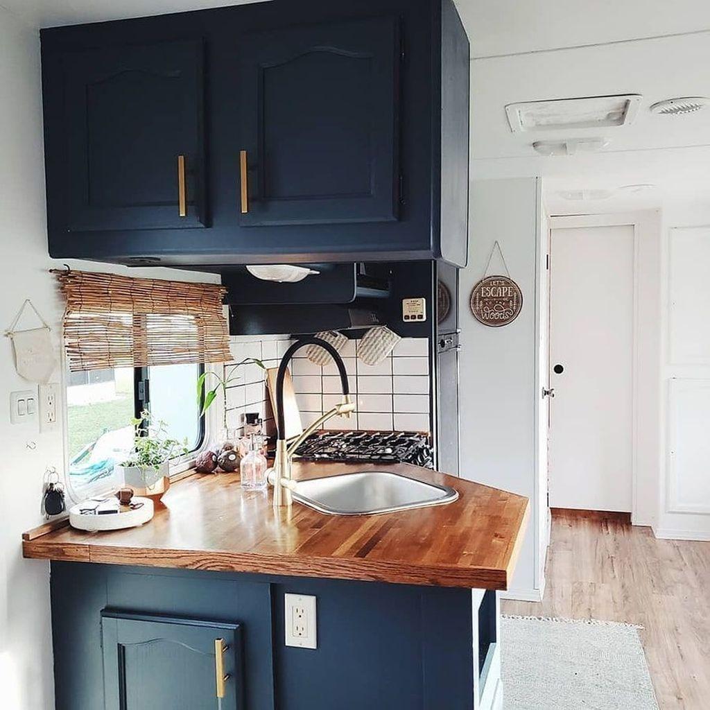 Inspiring RV Kitchen Design And Decor Ideas 22