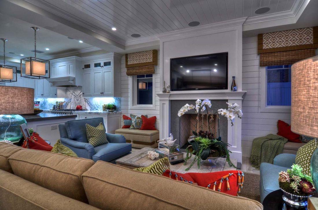 Lovely Capde Cod Living Room Design Ideas 16