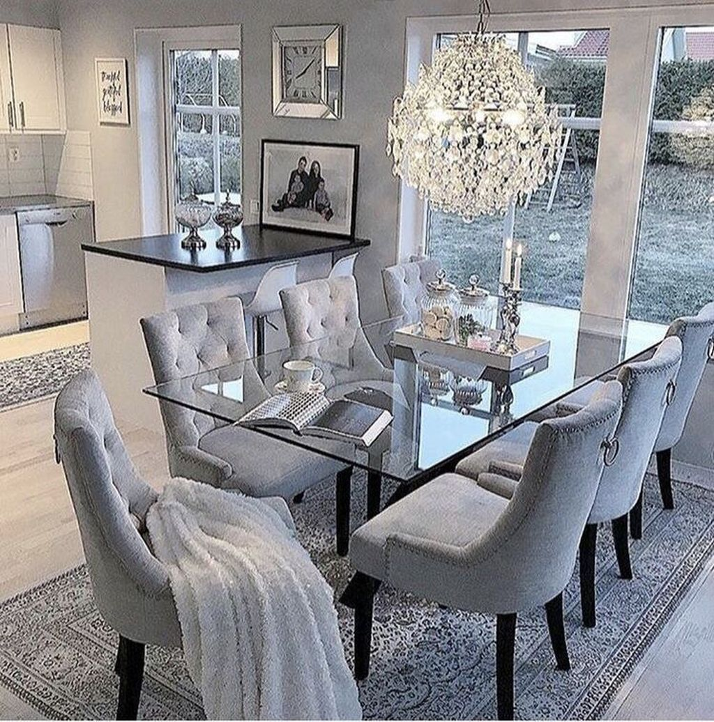 Lovely Family Dining Room Design And Decor Ideas 32