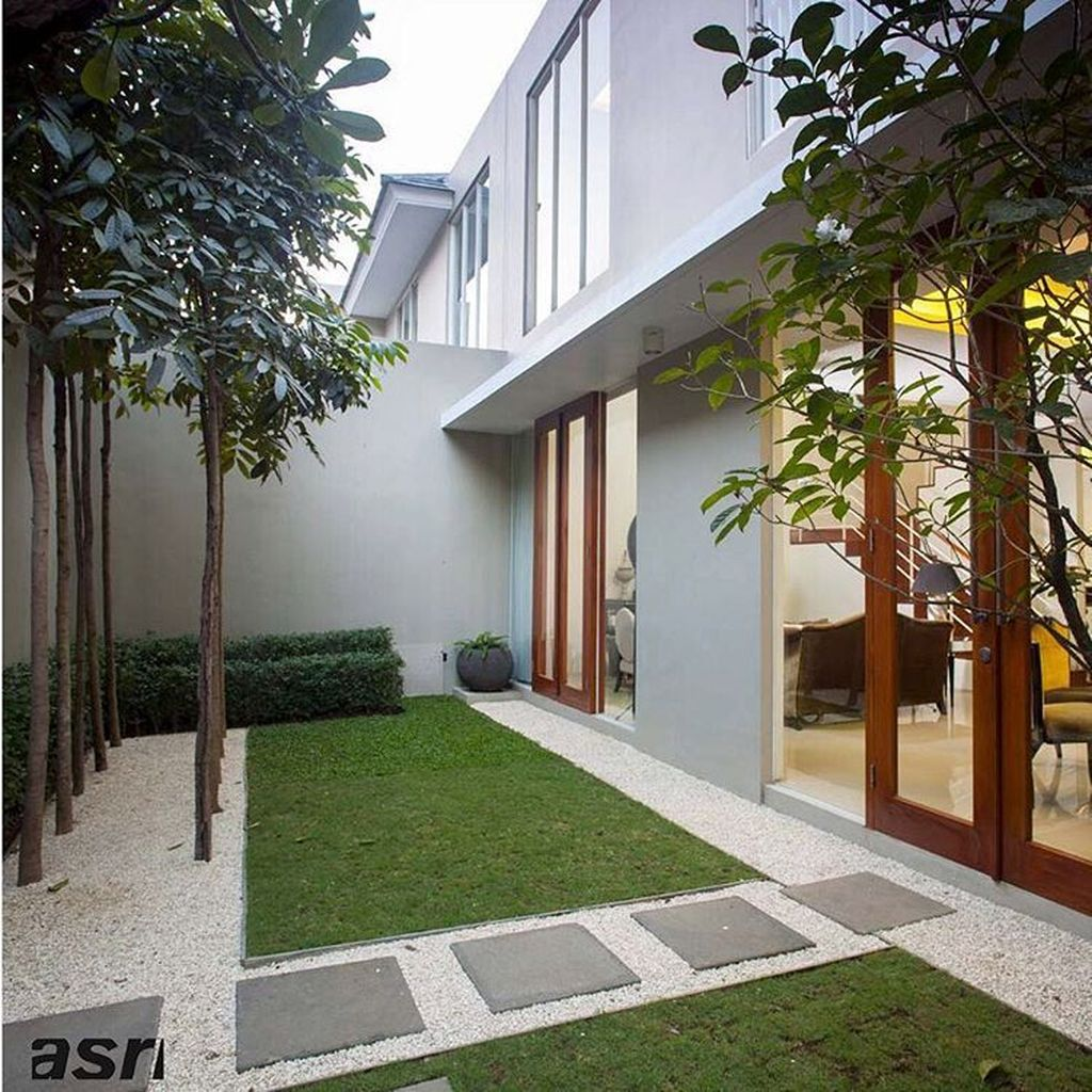 Lovely Small Home Garden Ideas That You Will Want 08