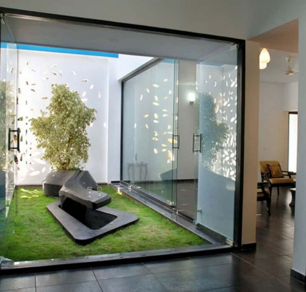 Lovely Small Home Garden Ideas That You Will Want 10
