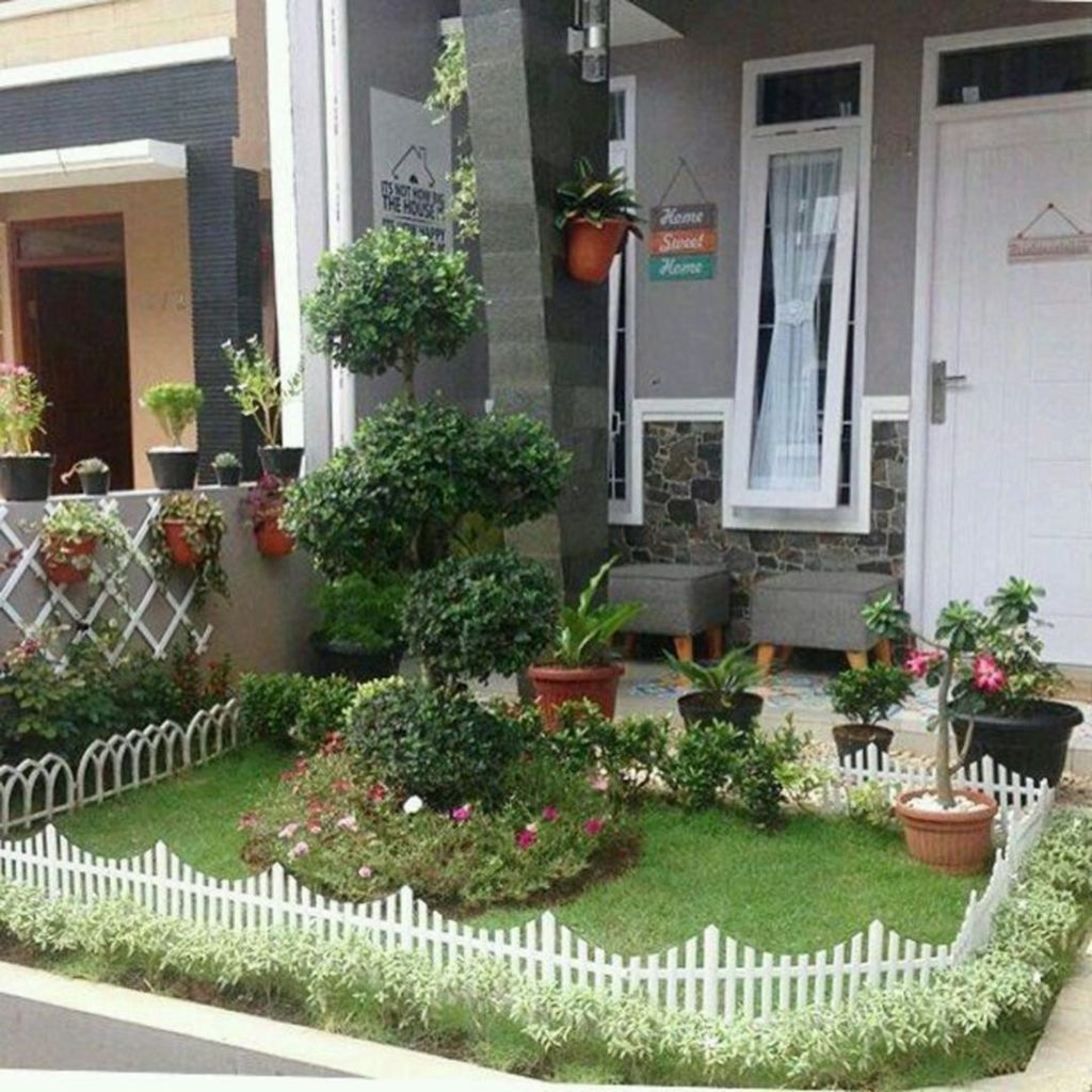 Lovely Small Home Garden Ideas That You Will Want 22