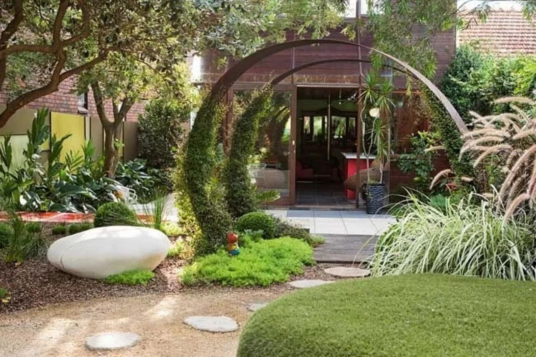 Lovely Small Home Garden Ideas That You Will Want 26