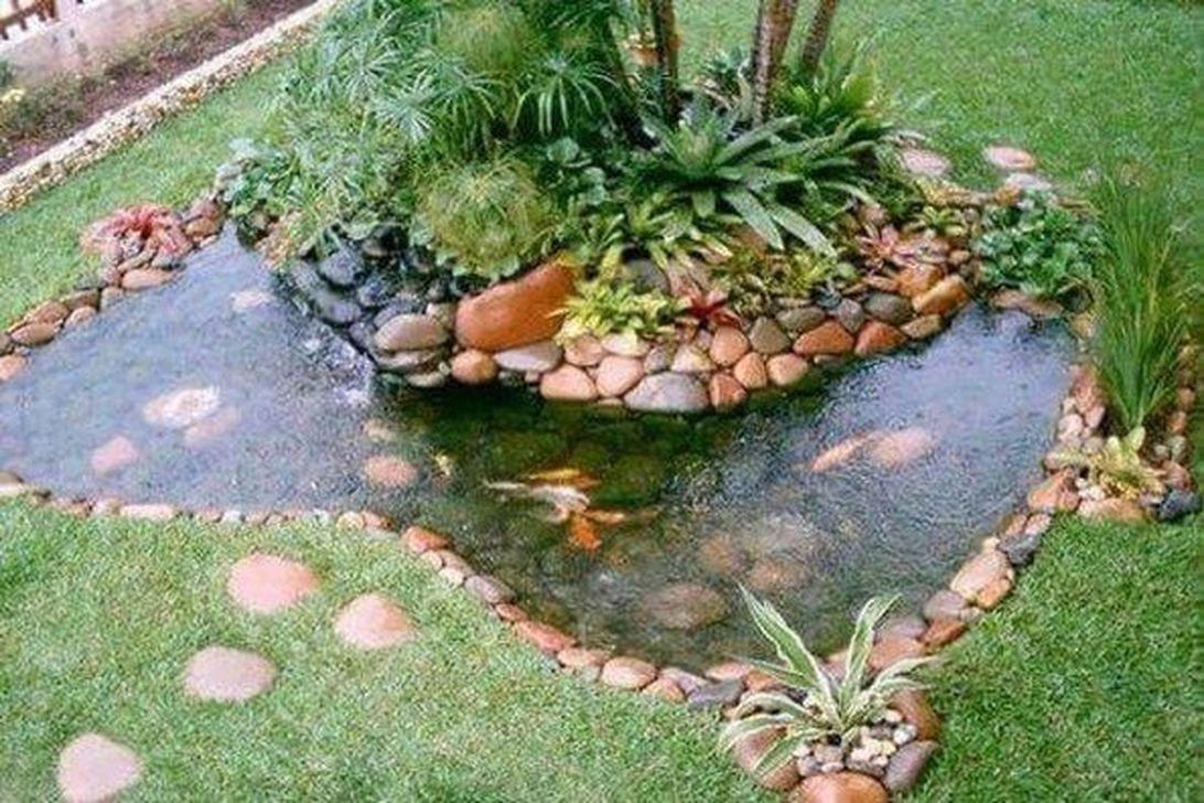 Nice Fish Ponds Backyard Decoration Ideas 20