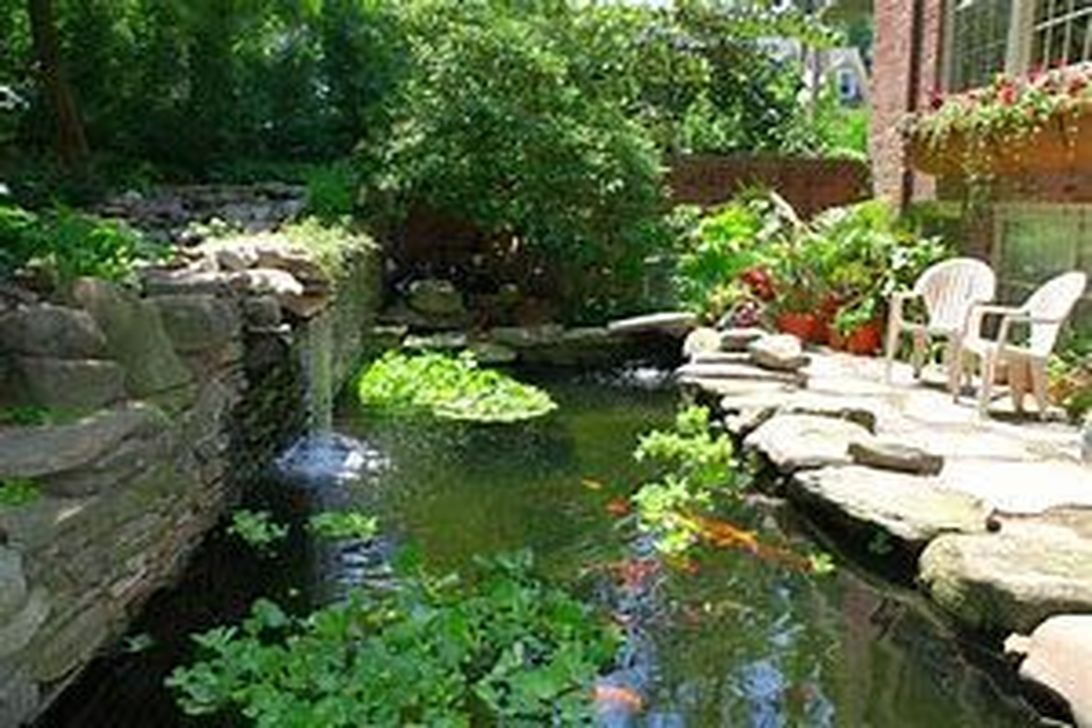 Nice Fish Ponds Backyard Decoration Ideas 32