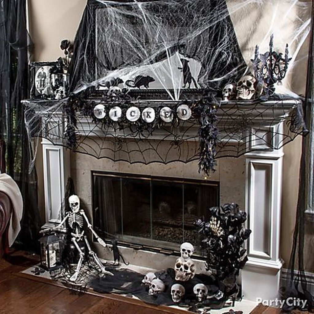 Stunning DIY Halloween Decorations Ideas 01