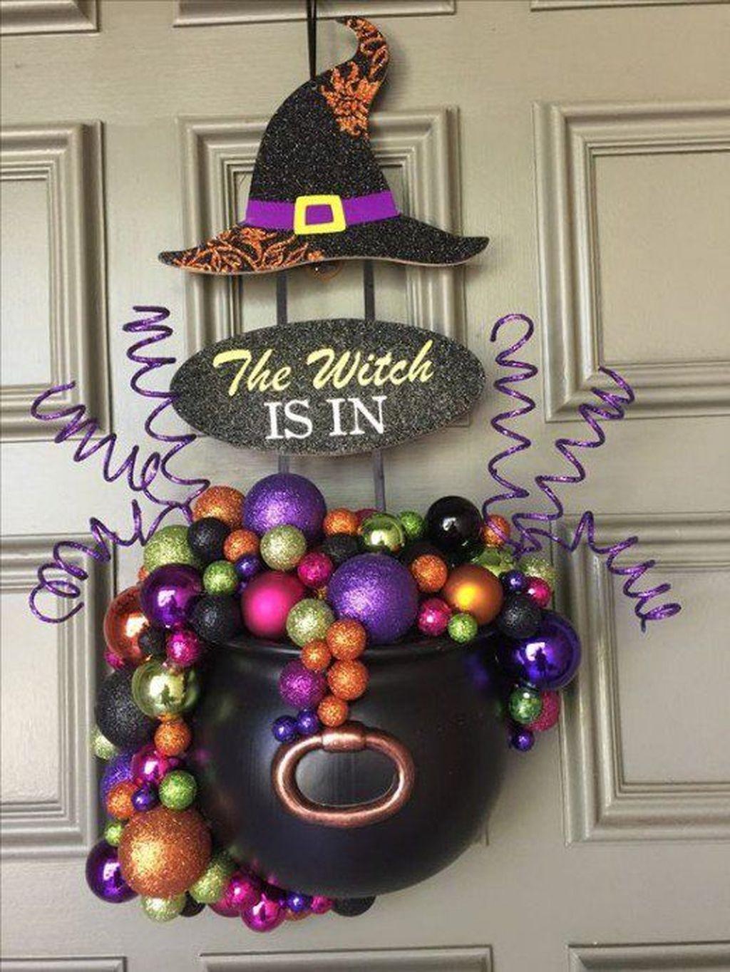Stunning DIY Halloween Decorations Ideas 22