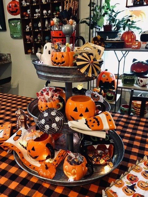 Stunning DIY Halloween Decorations Ideas 24