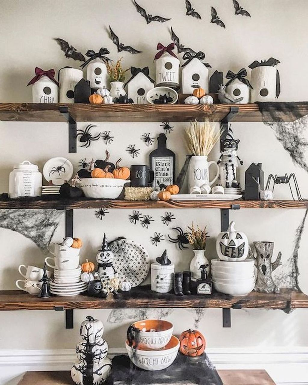Stunning DIY Halloween Decorations Ideas 30