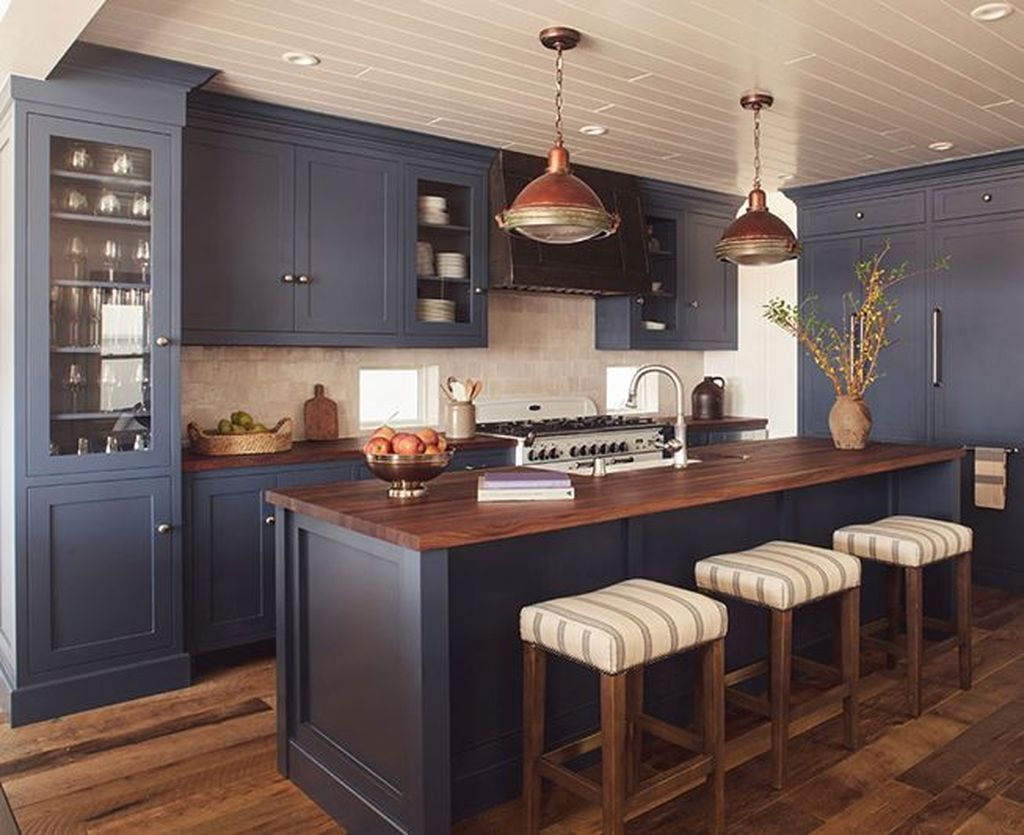 Stunning Navy Kitchen Cabinets Ideas You Have Must See 31