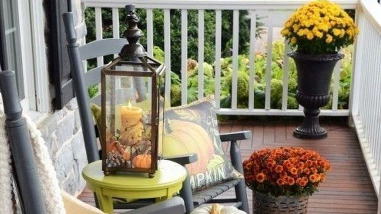 34 The Best Apartment Balcony Decor Ideas For Fall Season Magzhouse
