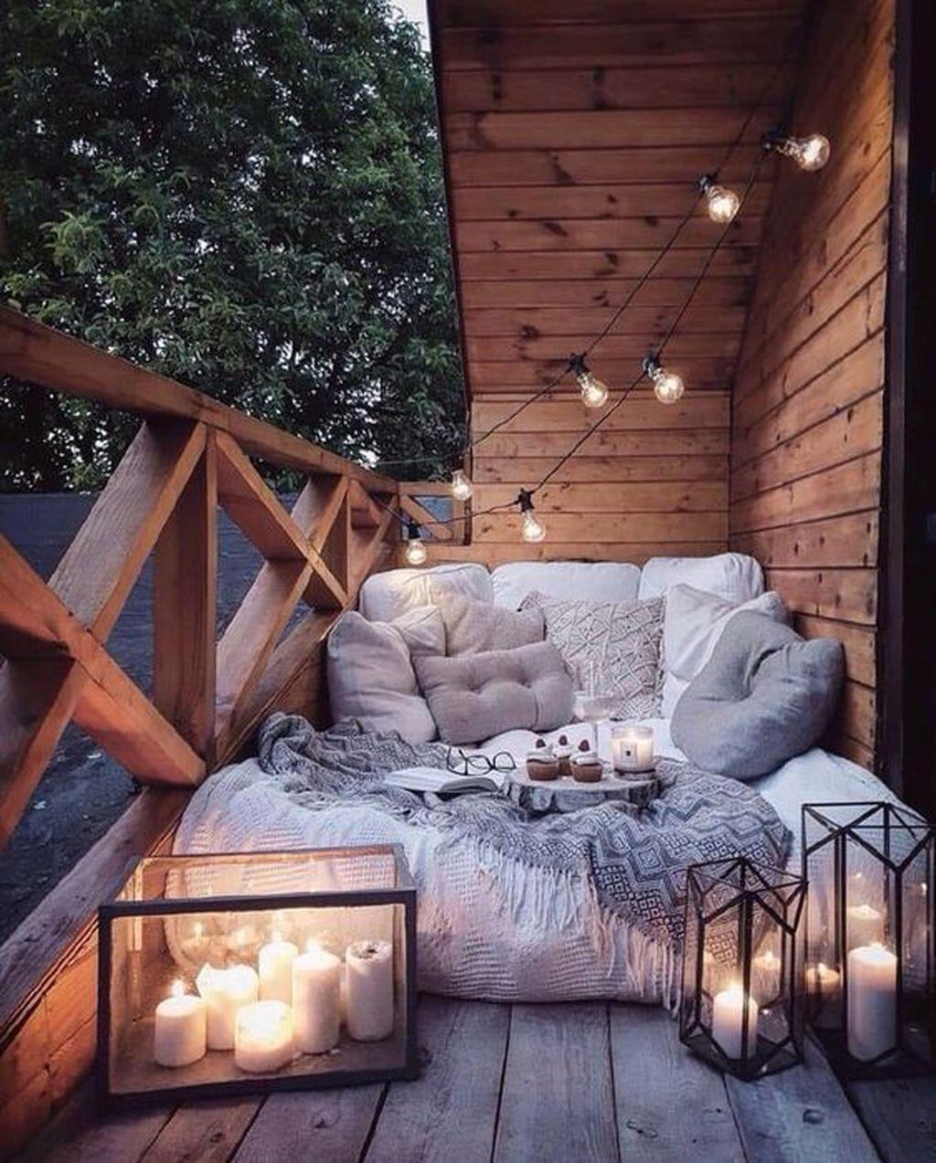 The Best Apartment Balcony Decor Ideas For Fall Season 30