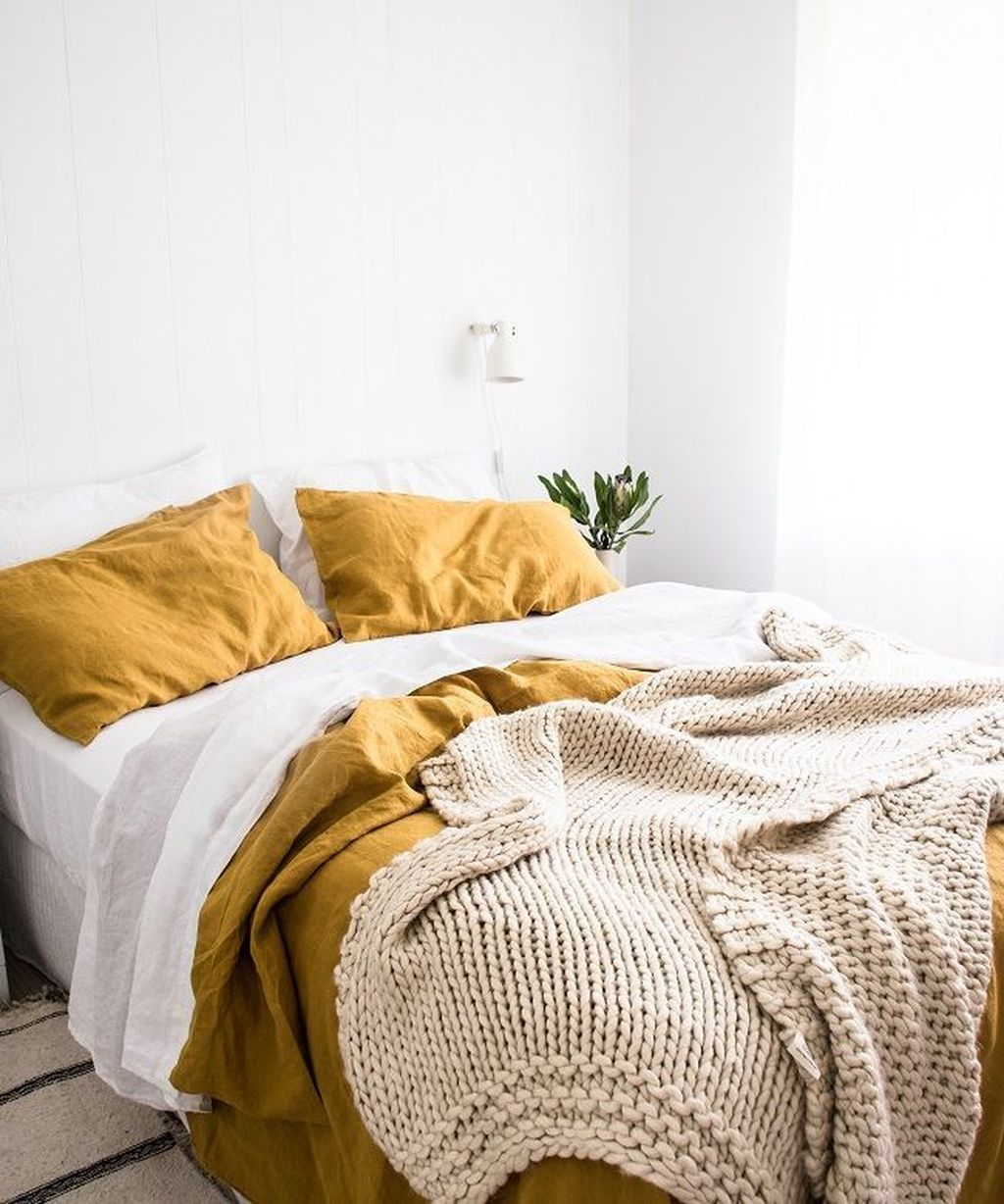 The Best Simple Bedroom Decor Ideas You Must Try 14