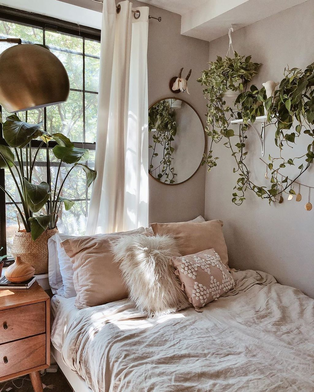 The Best Simple Bedroom Decor Ideas You Must Try 28