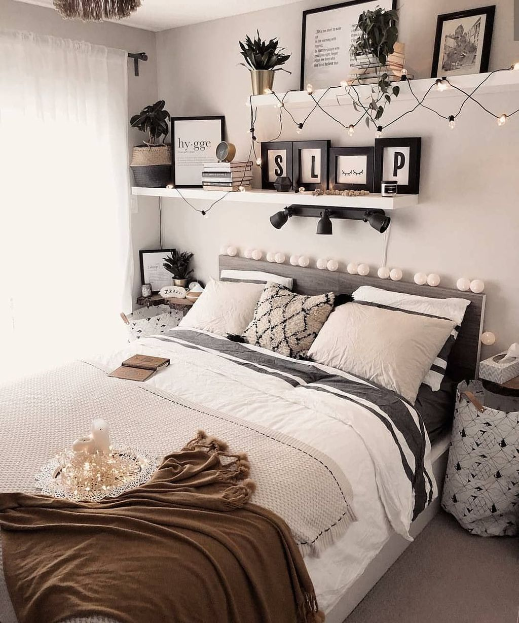 The Best Simple Bedroom Decor Ideas You Must Try 31