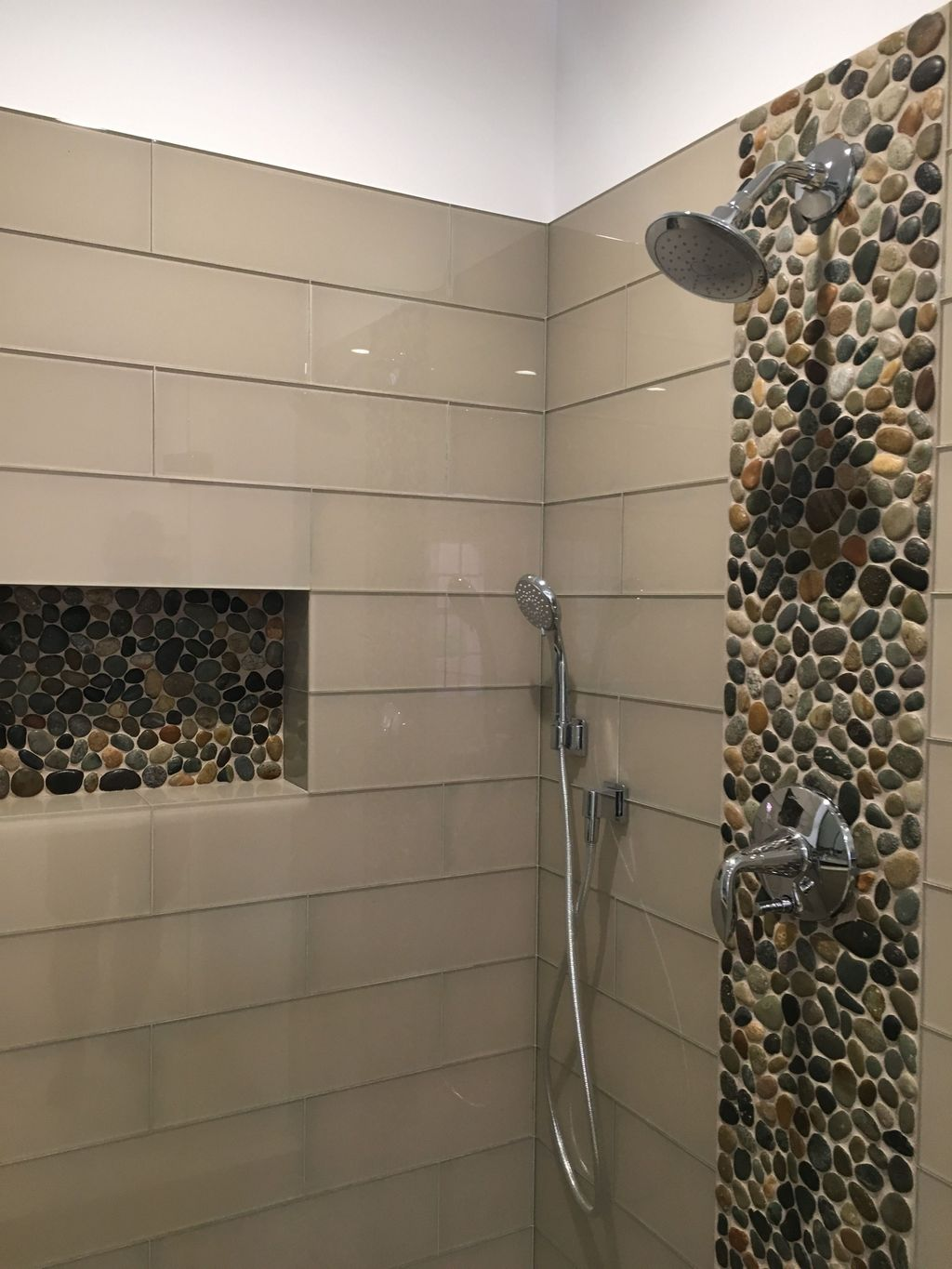 The Best Stone Tile Bathroom Ideas To Decorate Your Bathroom 13